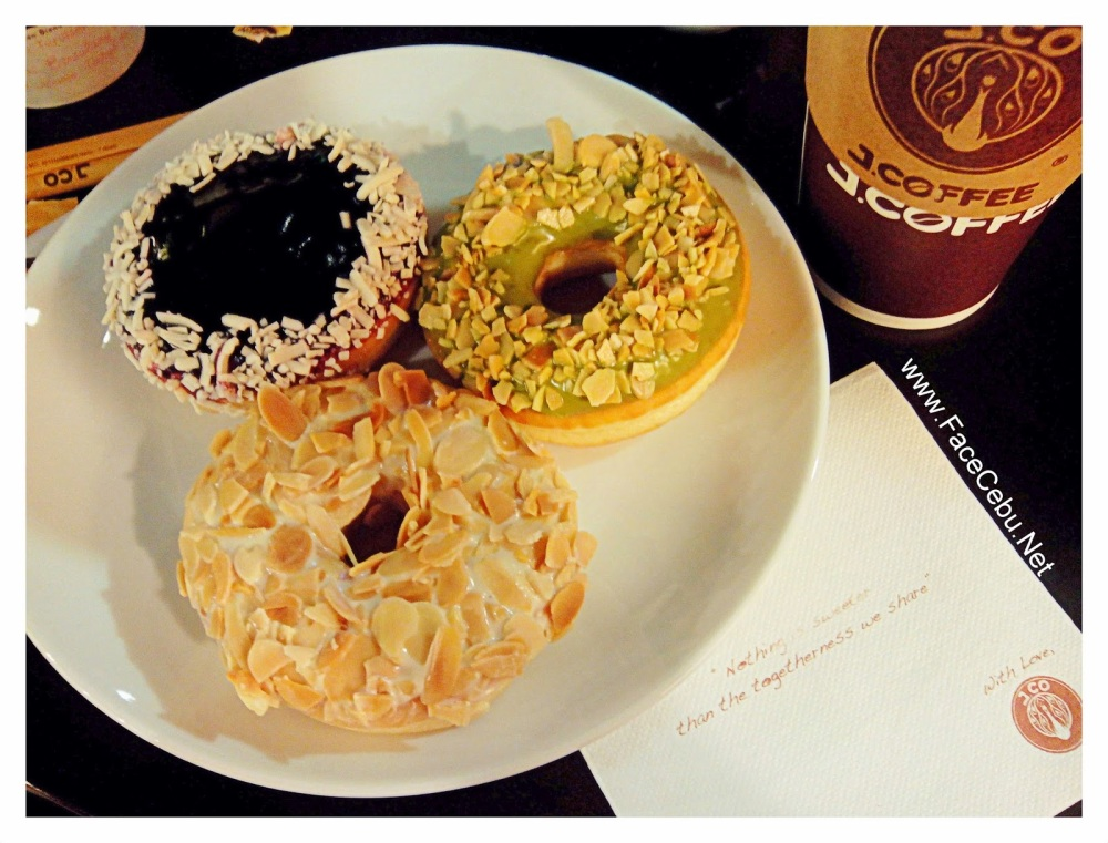 J.CO-Donuts-Cebu-SM-City-Cebu-Ayala (5)
